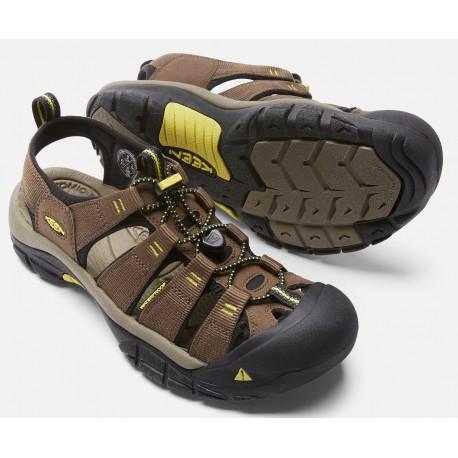 7c13f414e4c0 Keen Newport H2 M dark earth acacia pánské outdoorové sandály i do vody